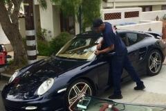 Porsche 911 windshield replacement